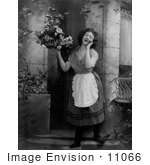 #11066 Picture Of A Woman Hollering