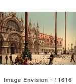 #11616 Picture Of People Feeding Pigeons At Doge'S Palace