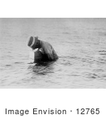 #12765 Picture Of A Man Using A Sub Aquatic Camera In 1909