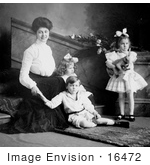 #16472 Picture Of A Mother With Two Daughters And A Son