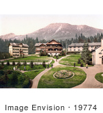 #19774 Photo Of People Strolling In A Park In The Upper Part Of Bad Alt-Schmecks In The Tatra Mountains