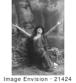 #21424 Stock Photography Of The Actress Sarah Bernhardt Kneeling While Praising During A Role