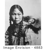 #4883 Eskimo Mother And Child