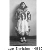 #4915 Eskimo Woman by JVPD