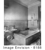 #8188 Picture Of A Large Bathtub And Sink