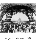 #9645 Picture Of The Central Dome And Eiffel Tower