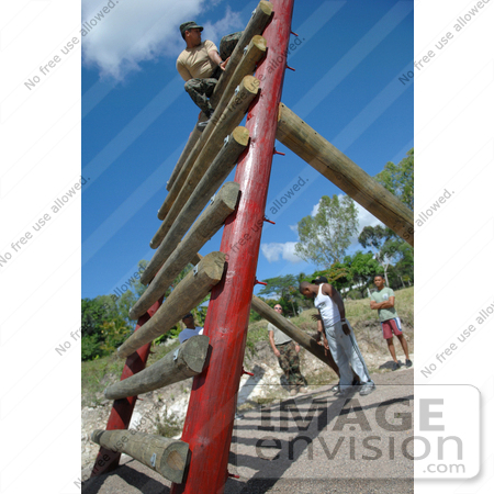 #11469 Picture of a Soldier in an Obstacle Course by JVPD