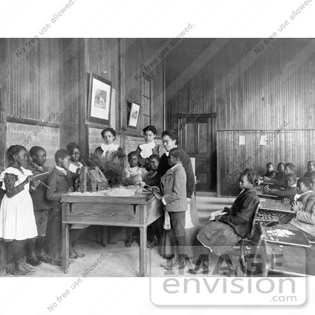 #1413 Photo of African American School Children Learning About Thanksgiving