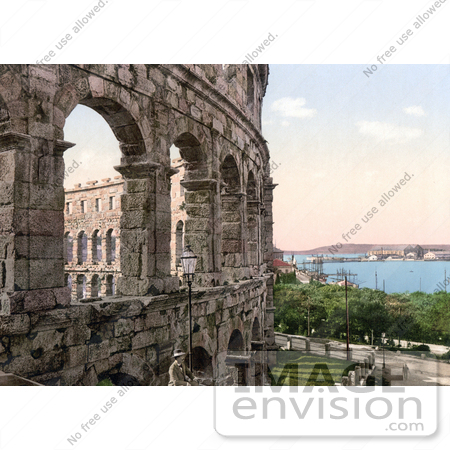 #19805 Photo of the Pula Arena in Pula, Istria, Croatia by JVPD