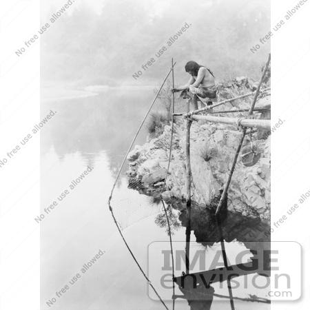 fishing net cartoon. clipart fishing net.