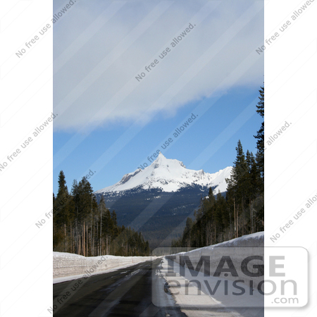 #643 Photo of Mt Thielsen by Jamie Voetsch
