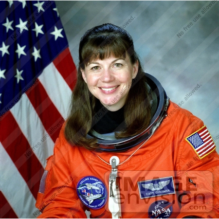 space shuttle astronauts female criminal - photo #4