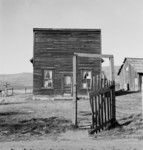 Free Picture of Farmer Saloon and Stagecoach Tavern