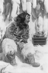 Free Picture of Eskimo With Gramophone