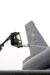 Free Picture of De-Icing a KC-10A Extender
