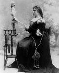 Free Picture of Dame Nellie Melba at Spinning Wheel