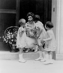 Free Picture of Little Girls Kissing Grace Coolidge