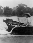 Free Picture of Helen Keller With a Swan