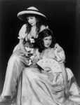 Free Picture of Lillian and Dorothy Gish