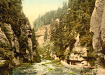 People on a Walkway, Edmunds Klamm