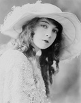 Lillian Gish Wearing a Hat